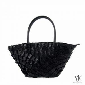 Abanico Leather Handbag Black-Handtas van zwart leer en handbeschilderde voering.
