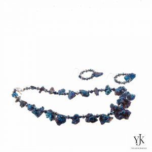 Amora Blue Plated Rough Agate Jewelryset-Jewelryset made of blue plated rough Agate.