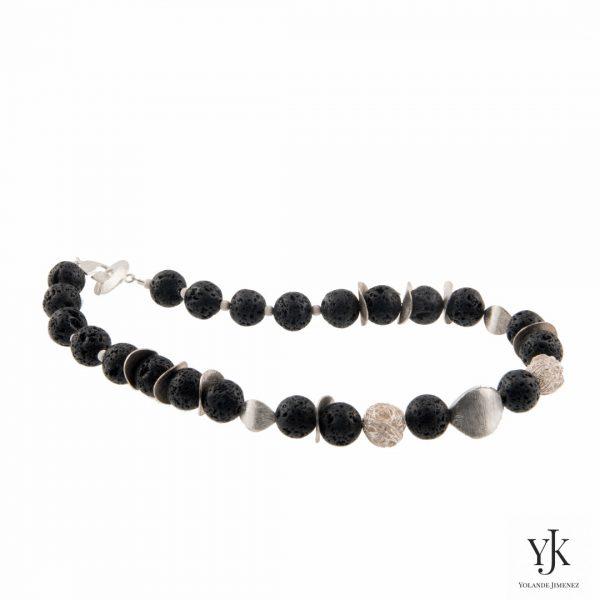 Amora Lava & Silver Necklace-Halsketting van Lava kralen met sterling zilver