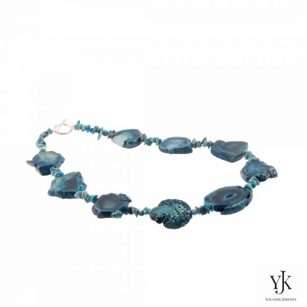 Amora Petrol Turquoise Agate Necklace-Halsketting van turquoise agaat en apatiet
