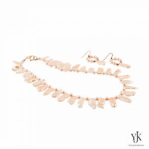 Solana Pink Biwa Pearl Jewelryset-zalmkleurige sieradenset van Biwa parels