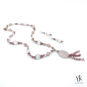 Amora Rose & Cherry Quartz Jewelryset- Sieradenset met lange ketting met roze kwarts, bergkristal en strass.