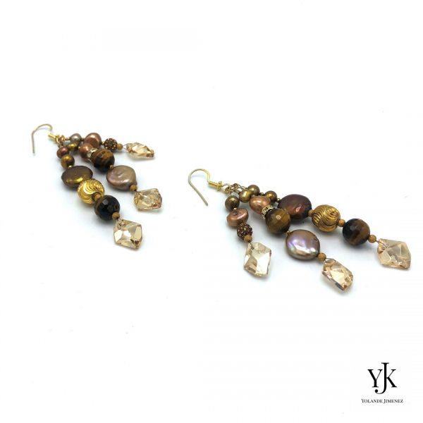 Izarra Gold Swarovski & Pearl Earrings-Lange oorbellen goud met Swarovski, parels en strass.